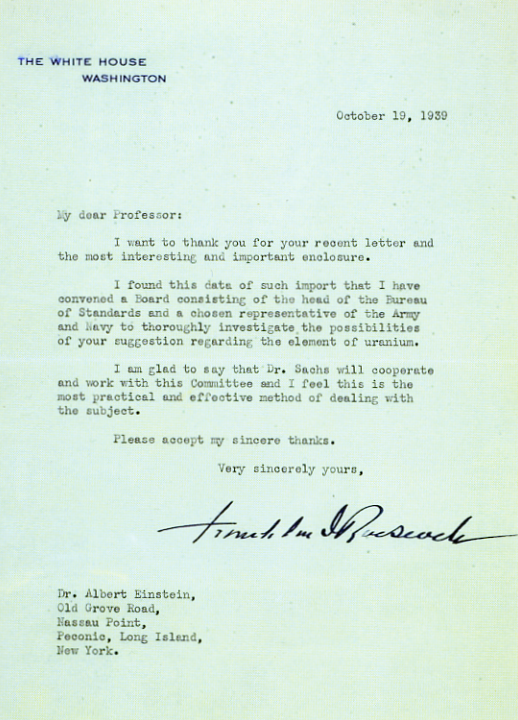 albert einstein urges president roosevelt to support research on the atomic bomb The manhattan project was the codename for the secret us government research and engineering project during the second world war that developed the world's first nuclear weapons president franklin roosevelt created a committee to look into the possibility of developing a nuclear weapon after he received a letter from nobel prize laureate albert einstein in october 1939.